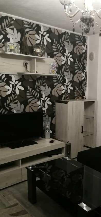 ταπετσαρια τοιχου φλοραλ 4464-1d