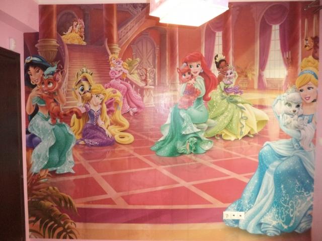 Παιδικη φωτοταπετσαρια πριγκιπισσες 8-515